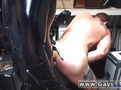 Blowing off the gimp and the ass gets ravaged