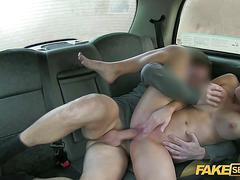 European with big tits gets to fuck the driver