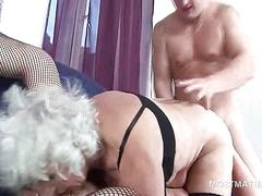 Wet mature eating pussy gets deep pounded