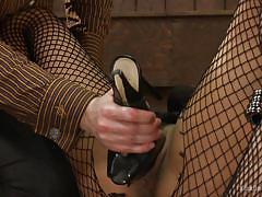 heels, bdsm, babe, ebony, interracial, fetish, masked, fishnet stockings, workshop, educational, kink university, kink, lee harrington, nikki darling