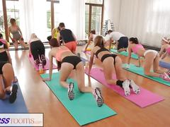 Fitnessrooms full scene after sweaty group workout