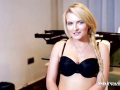 Blonde model jemma valentine has hardcore dp
