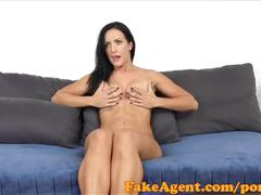 Fakeagent black haired german babe wants to be a glamour model