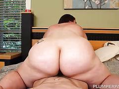 Bbw vanessa london gets massaged and fucked hardcore