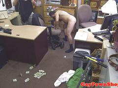 Pawning straighty fucks brokers ass for cash