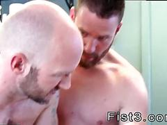 Pierced dick dude gets his ass fisted in hospital threesome