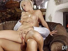 Busty blonde getting fucked and the session is thrilling