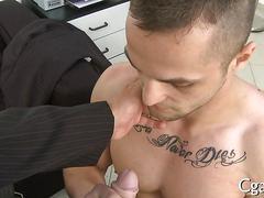 Tattooed hunk sucks dick and fucks in close up