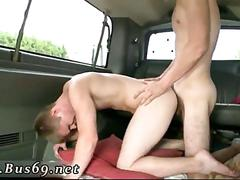 Slim guy fucks dude for the first time in car