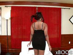 Black girl gets her big tits worshiped by jmac