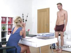 Slim guy eats cunt to blonde female agent