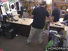 Straight dude who looks nasty arrives in the shop and gets ass nailed for him to keep calm