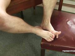 Young justin conway foot fetish jerk off