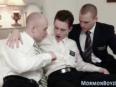 Gay mormons fuck in 3way