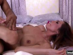 Sexy tranny sunday valentina gets her anal fucked real deep