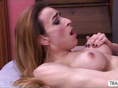 Pretty tgirl savannah gets fucked from beind by a handsome dude