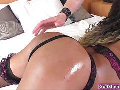 Brazilian shemale yanka meirelles sucks dick and anal fucked