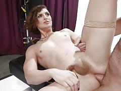 Erotic shemale loves to suck hard dicks