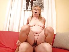 Mature bbw riding like a cowgirl