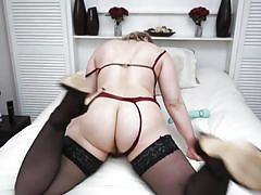 Tammy oldham masturbates on camera for your pleasure
