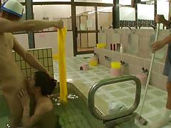 milf, threesome, bath, japanese, small cock, public sex, pussy fingering, cock sucking, in water, milfs in japan, erito