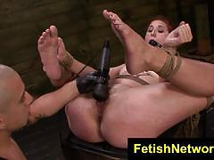 Rose red crammed in her pussyhole while bounded