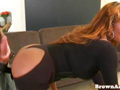 Bigbooty nubian babe twerking her fine ass