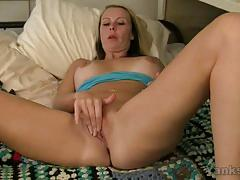Hot milf rubs her warm pussy
