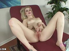 Beauty catie parker masturbating
