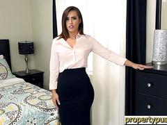 Big ass real estate agent kelsi monroe loses her job