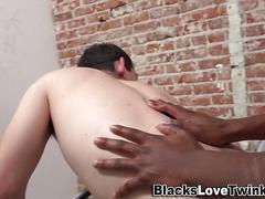Black shlong fucks n cums