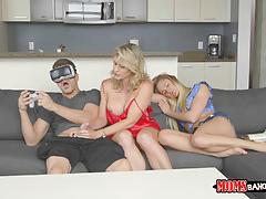 Cory chase and avalon heart - cock slurping virtual reality fun