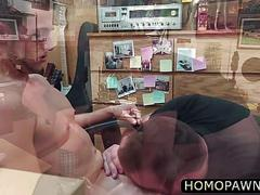 Cool hunk sucked horny cock in the pawnshop to earn money for his gf bail