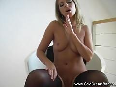 Solo babe loves to tease