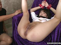 Randy asian gets her pussy toyed
