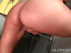 Blonde hoe eats large dick on gloryhole