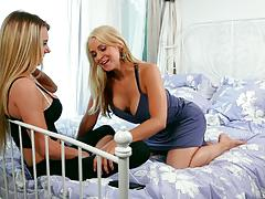 Milf sarah vandella eating out teen beauty molly mae