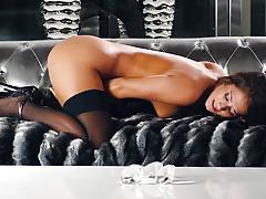 Horny eva lovia makes her soft pussy cum
