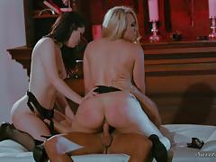 Yhivi and aj applegate riding marcus london