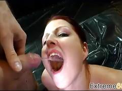 Pissing-sex with sensational german amatuer