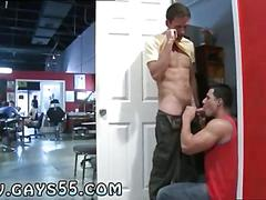 Two kinky twinks get naughty in the changing room