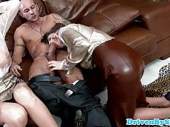 Clothed amateur fuck in threesome