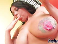 Two busty starlets have some lesbian fun