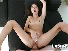 Wild babe riley reid loves to fuck