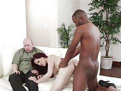 Brunette housewife enjoying a hardcore interracial