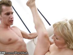 21sextreme granny loves anal sex