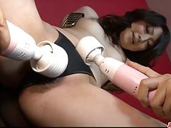 Asian gets her pussy vibed
