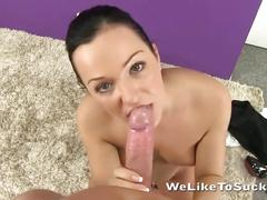 Young slut blows big cock with pleasure