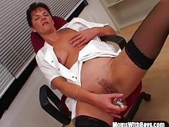 Mature nurse loves to fuck
