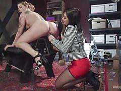 Blonde gets a satisfying fuck from her female boss